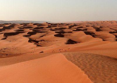 Wüste im Oman: das perfekte Reiseziele im Herbst für Individualisten