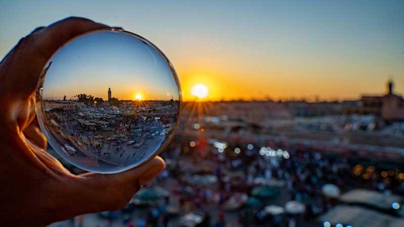 Markttreiben genießen bei einer Städtereise nach Marrakesh